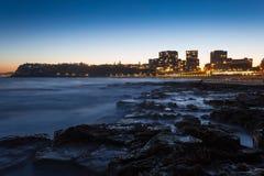 Newcastle strandsolnedgång - Newcastle New South Wales Australien arkivfoto