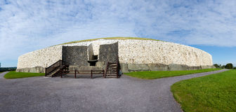 Newgrange. The Neolithic structure of Newgrange in County Meath, Ireland is one of the oldest buildings in the world - a barrow tomb over 3,000 years old Royalty Free Stock Photos
