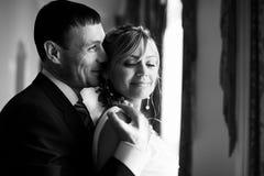 newlyweds stock foto's