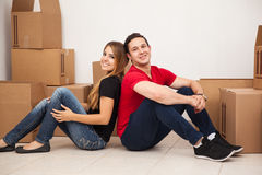 Newlyweds moving in Royalty Free Stock Photos