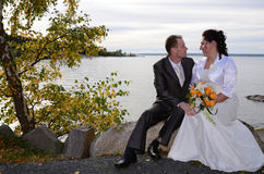 Newlyweds outdoor portrait Royalty Free Stock Photos