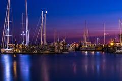 Newport på nätterna Arkivfoto