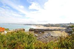 Newquay är en stad, en borgerlig församling-, badort- och fiskeport i Cornwall, England Royaltyfri Fotografi