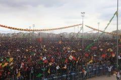 Newroz i Diyarbakir, Turkiet Arkivbild