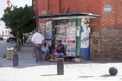 Newsagent winkel in Salta de stad in, Argentinië stock foto's