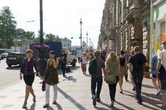 Newskiye prospekt Bürgersteig Lizenzfreie Stockbilder