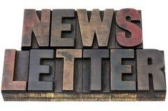 Newsletter in der Schmutzholzart Lizenzfreies Stockbild