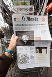 Newspaper about Stephen Hawking Death on the first page portrait. PARIS, FRANCE - MAR 15, 2018: French Le monde newspaper with portrait of Stephen Hawking the Royalty Free Stock Photo