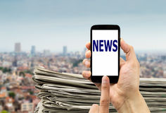 Newspapers online in telephone Stock Images