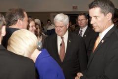 Newt Gingrich ontmoet verdedigers. Stock Afbeelding