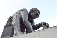 Newton Bronze Sculpture, British Library, Londres foto de stock royalty free