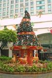 Newyear-árbol adornado en Singapur Imagenes de archivo