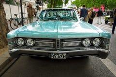 Newyorkais de Chrysler de voiture de vintage, 1967 Photo stock