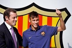 Neymar小正式介绍当巴塞罗那足球俱乐部球员 库存照片
