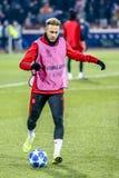 Neymar che si scalda su una partita di UEFA Champions League immagini stock