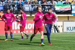 Neymar Jr värmer upp före den LaLiga matchen mellan Villarreal CF och FCet Barcelona Arkivfoton