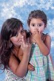 Nez émouvant de mère et de descendant Photographie stock libre de droits