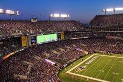 NFL - Nattfotboll i Baltimore Arkivbilder