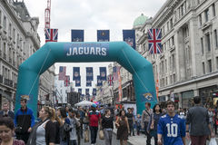 NFL på Regent Street Royaltyfri Fotografi