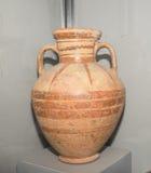 Ánfora pintada Miletus Siglo VI A.C. Arcilla, laca Fotos de archivo libres de regalías