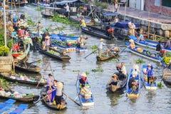 Nga Nam spławowy rynek w Księżycowym nowym roku Fotografia Royalty Free
