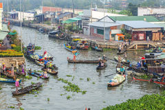 Nga Nam spławowy rynek, Nga Nam miasteczko, Soc Trang prowincja Obrazy Stock