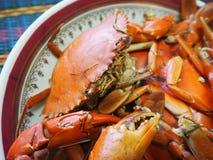 Ångad krabba i platta Royaltyfri Foto