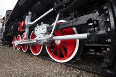 Ångalokomotivet rullar Arkivfoton