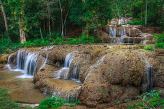 Ngao vattenfall, lampang, Thailand Royaltyfri Bild