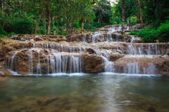 Ngao vattenfall, lampang, Thailand Royaltyfri Foto