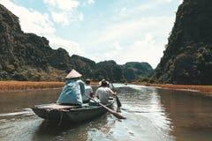 Ngo Dong-Fluss Tam Coc, Ninh Binh, Vietnam Stockfotografie