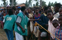Ngo-OMSORGSarbetare i Burundi. Royaltyfri Bild