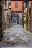 Några detaljer av medeltida italienska städer Arkivfoton