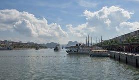 Nha gummicang - Internationale marinastation fotografering för bildbyråer