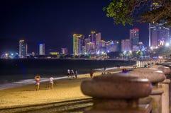 Nha Trang, Вьетнам - 19-ое февраля 2019: Городской пейзаж Вьетнам ГОСТИНИЦЫ NG THANH БОЛЬШОЙ NHA TRANG» Å «¡ † ¯à Mà к ночь стоковые фотографии rf