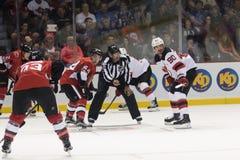 NHL face-off Gabriel Pageau vs Marcus Johansson zdjęcia royalty free