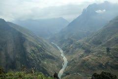 Nho Que rzeka przy brzęczeniami Giang, góry pole w północnym wietnamu Obraz Stock