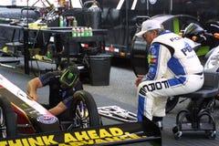 NHRA en el parque 2018 del Motorsports de la entrada foto de archivo