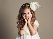 Niña bonita en vestido de la princesa Niño hermoso Fotos de archivo libres de regalías