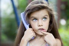 Niña con el pelo hermoso Imagen de archivo libre de regalías