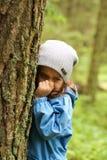 Niña en bosque Imagen de archivo libre de regalías