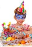 Niña en fiesta de cumpleaños Imágenes de archivo libres de regalías