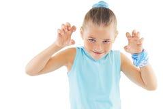 Niña en ropa de deportes azul Fotos de archivo libres de regalías