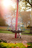 Niña en un parque Fotos de archivo libres de regalías