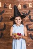 Niña lista para Halloween Fotos de archivo libres de regalías