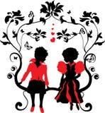 Niña y muchacho de la silueta con los corazones Imágenes de archivo libres de regalías