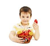 Niño con los huevos de Pascua Fotos de archivo libres de regalías