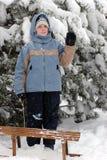 Niño de la chica joven en invierno Foto de archivo libre de regalías