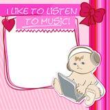 Niño de la postal que escucha la música Imagen de archivo