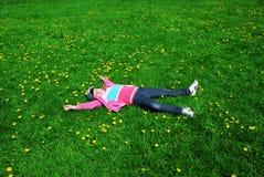 Niño de reclinación Fotografía de archivo libre de regalías